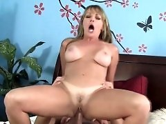Russian Amateur Mom Goes Wild 15