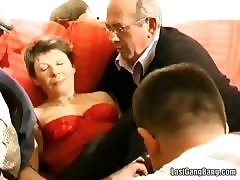 Threesome granny Linda caught on hidden camera
